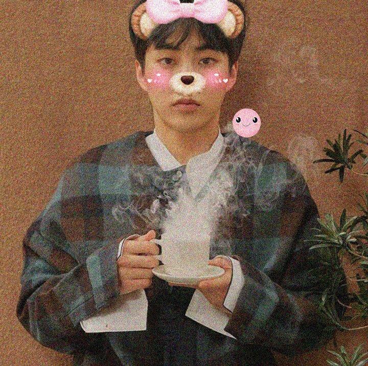 RT @softkgroups: ⤷ [#EXO #Cafe_Universe] 🌱¨̮ SEHUN & MINSEOK https://t.co/kv4meMF2Is