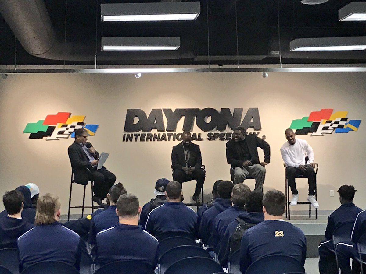 A chance to meet a few former professional football players & coaches!  att@R_U_Footballend a Pro Panel in our drivers meeting room!