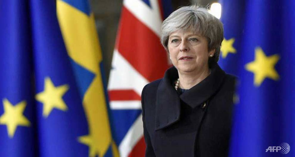 PM May tells EU Brexit on track despite vote disappointment https://t.co/xOFFpbDJeN