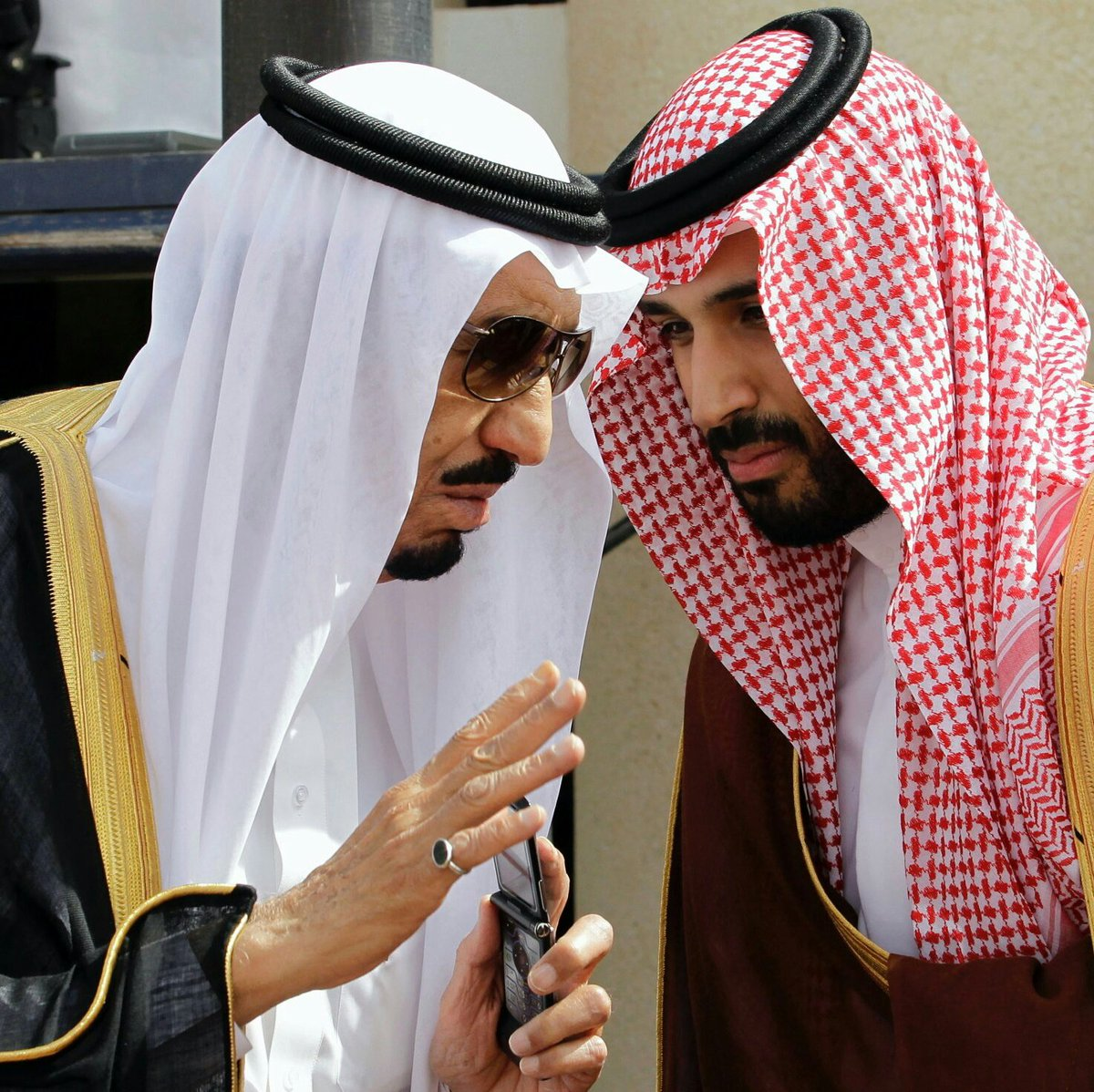 #إيران أصبحت الان تحت مرمى الهدف   بدأت...