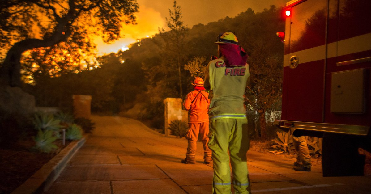 RT @HuffPost: A firefighter has been killed battling the Thomas fire, officials say https://t.co/51oETTt3ZG https://t.co/EBL2EFOKc6