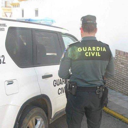 Tres muertos, dos de ellos guardias civi...