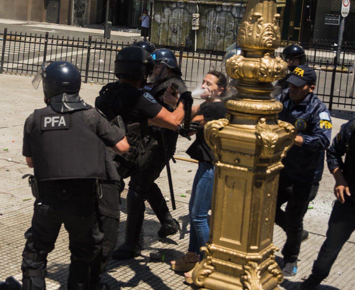 Noticias de Argentina DRCH_h5XkAAYVTG