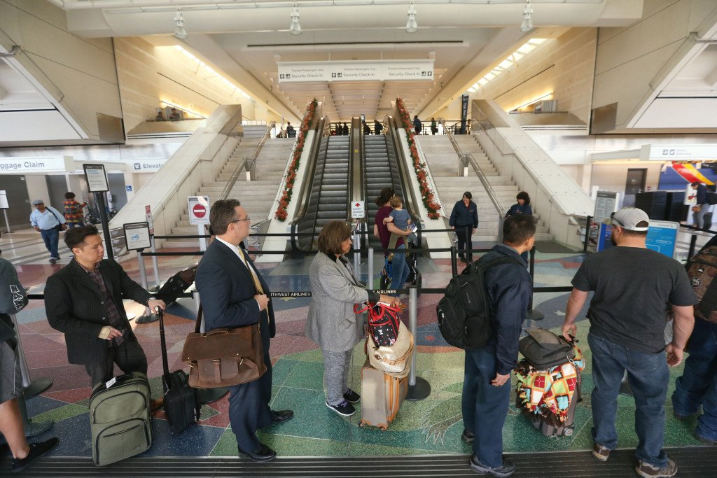 Ontario airport prepares for Christmas holiday travel surge https://t.co/czkrEXKSDG