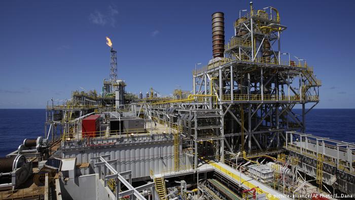 Na contramão do clima, Brasil subsidia indústria do petróleo https://t.co/G6x1e3oAEJ #mp795