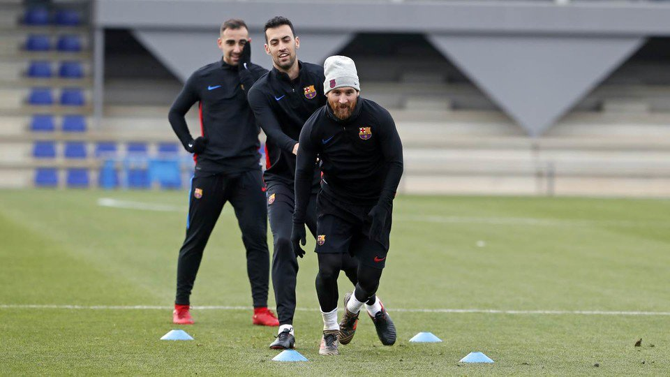 RT @fcbarcelona_fra: 📷🏋️ @paco93alcacer, Sergio #Busquets et Leo #Messi 👑 💪#ForçaBarça 🔵🔴 https://t.co/LQCeiTQwhg