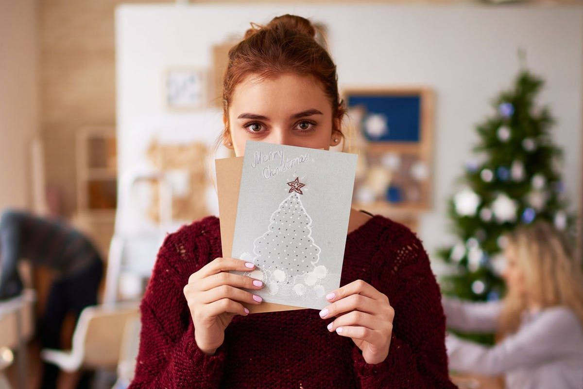 Why you should send a Christmas card to someone you love this year https://t.co/7KBY0RkkQC