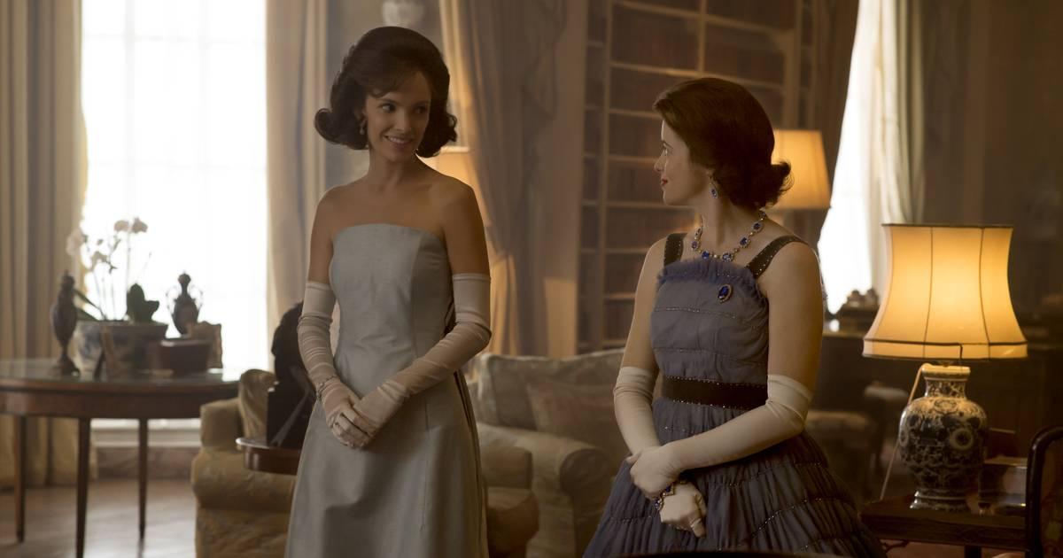 The Crown Costume Designer On Dressing Queen Elizabeth Ii Princess Margaret And Jackie Kennedy