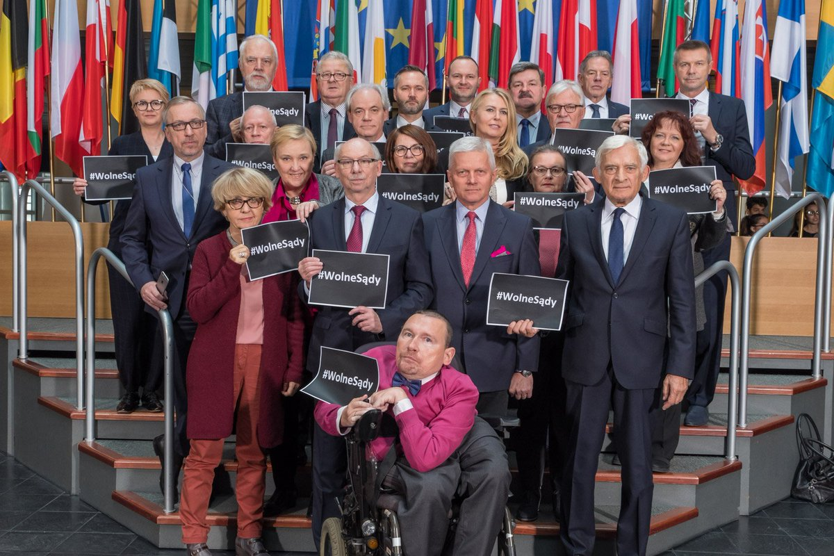Europarlamentarzyści Platformy Obywatels...