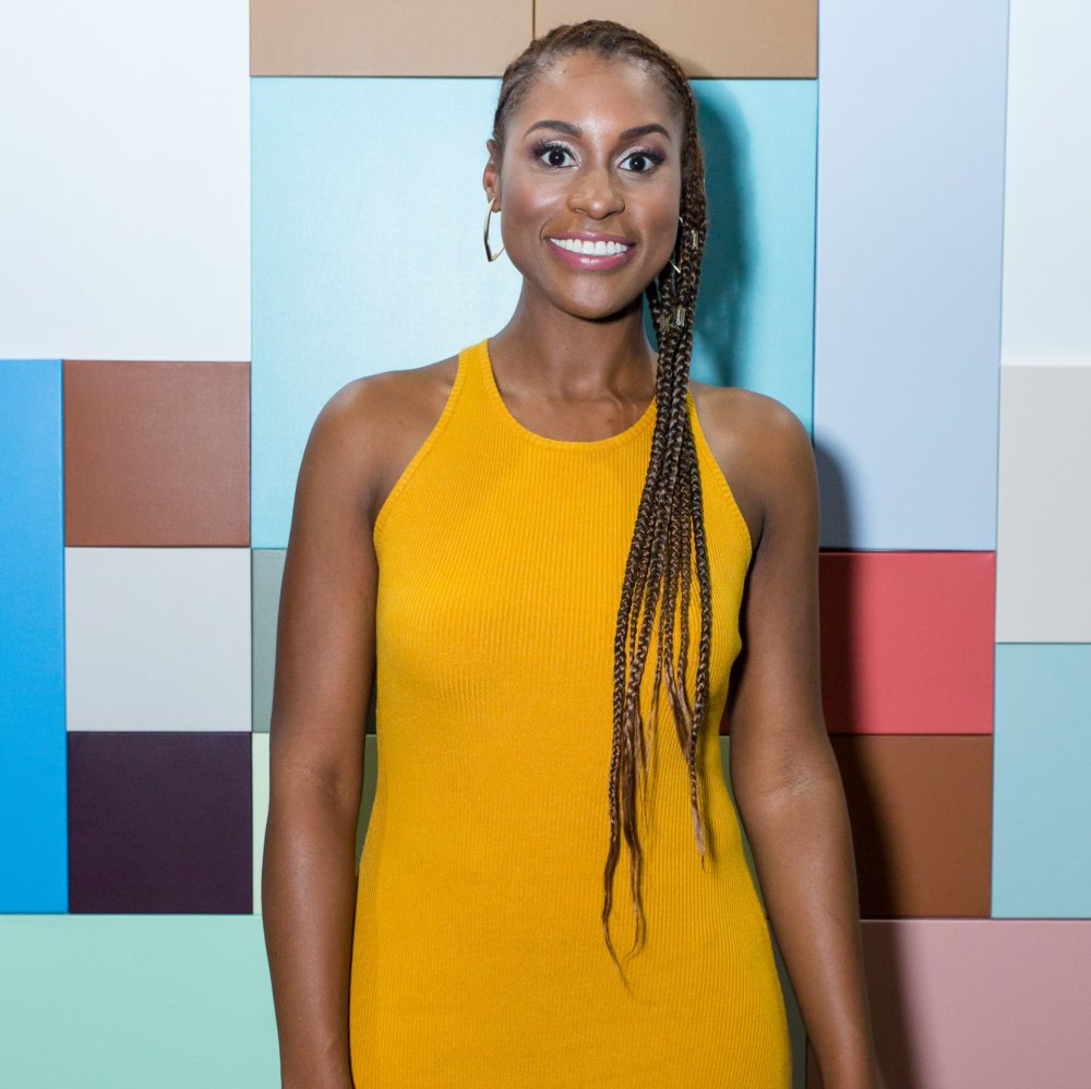 At Gianni Versace's former mansion, @insecurehbo star and showrunner @IssaRae revealed her drink of choice and whether or not she was #LawrenceHive https://t.co/rtHs5AhQuI