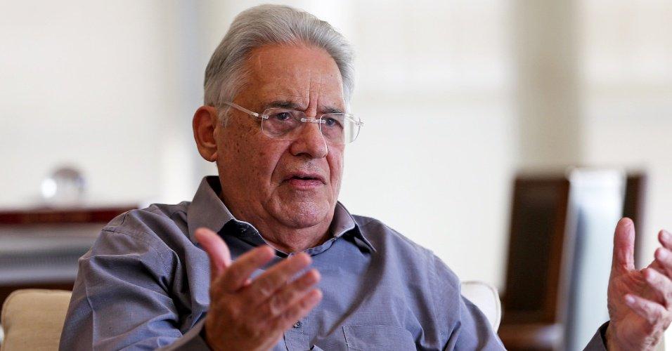 Tucano projeta disputa nas urnas   FHC evita 'jogar pedra' em Lula e diz que criminalizá-lo é papel da Justiça https://t.co/fTzbYoanct