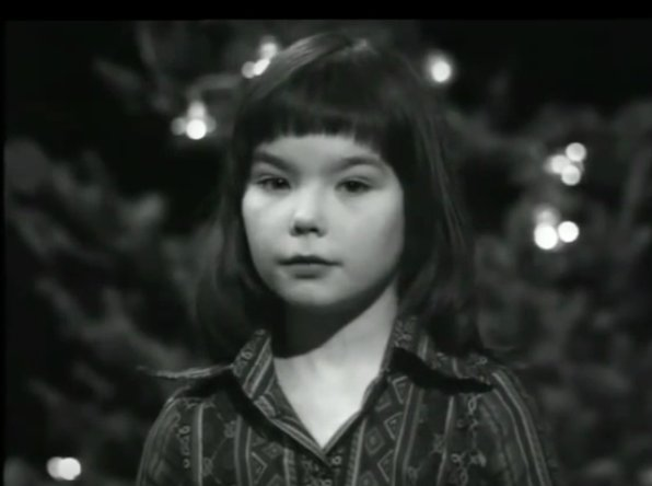 Watch Björk, Age 11, Read a Christmas Nativity Story on a 1976 Icelandic TV Special https://t.co/5c3oITi6wh