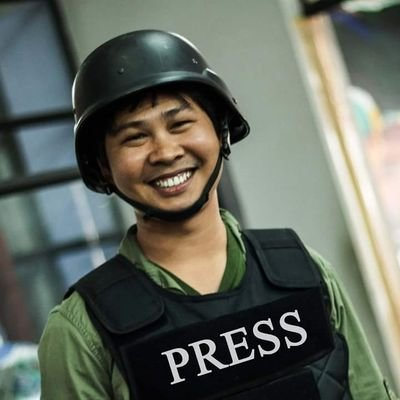 My Reuters colleagues Wa Lone (pictured) and Kyaw Soe Oo have been held at an undisclosed location since their arrest on Tuesday. Their families cannot visit them. Please read and share this story.  https://t.co/jhpvRmM7l6 via @slodek