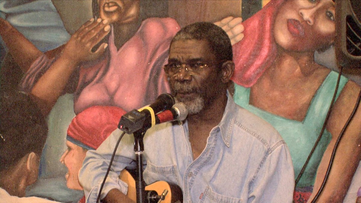 "Haiti's Beloved Troubadour Emmanuel ""Manno"" Charlemagne Dies at 69 https://t.co/v5gbCrgZbv #MannoCharlemagne"