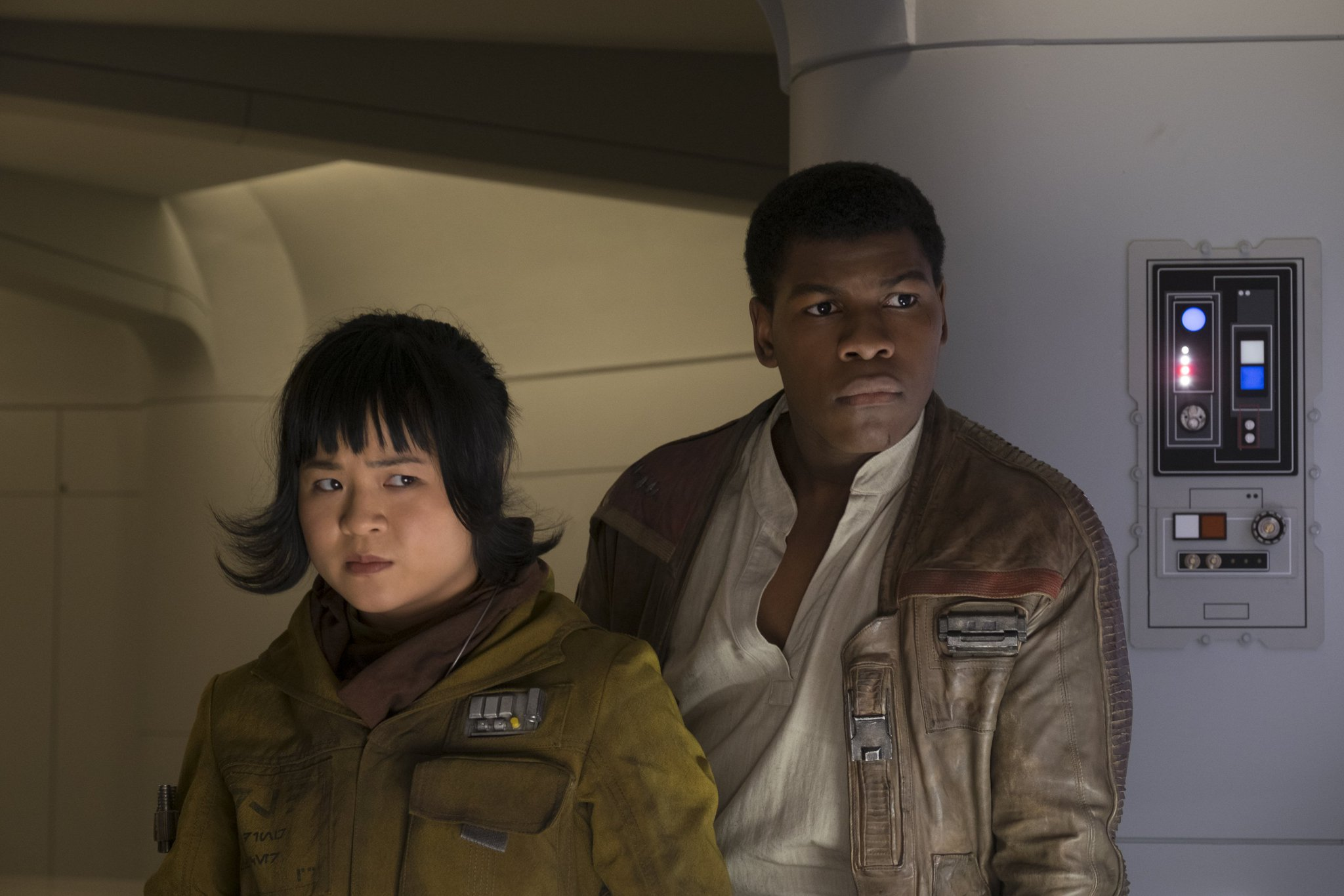 13 characters you need to know before seeing #StarWarsTheLastJedi https://t.co/Kyykn1OCud https://t.co/d4NEa6RM0j