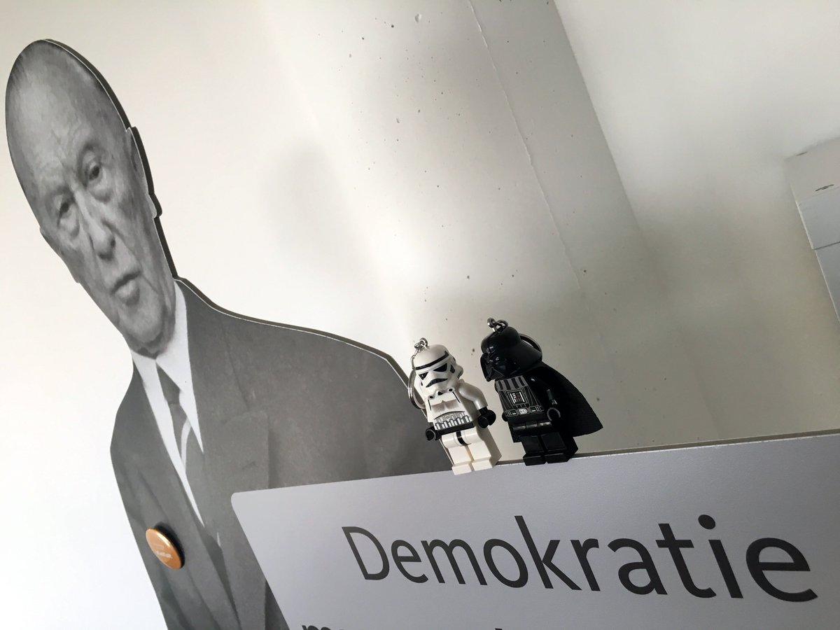 Adenauer Campus On Twitter Starwars Oder Adenauer