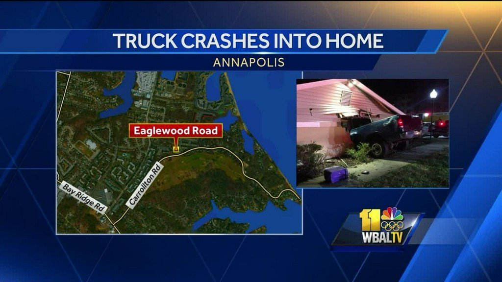 Truck crashes into shed in Annapolis, 2 injured https://t.co/7h1H8runMe