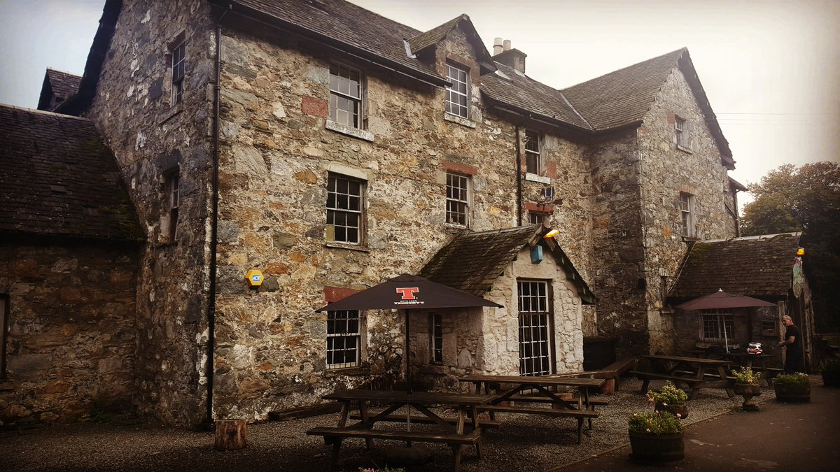 The Drovers Inn >> Discover Scotland On Twitter The 300 Year Old Drovers Inn
