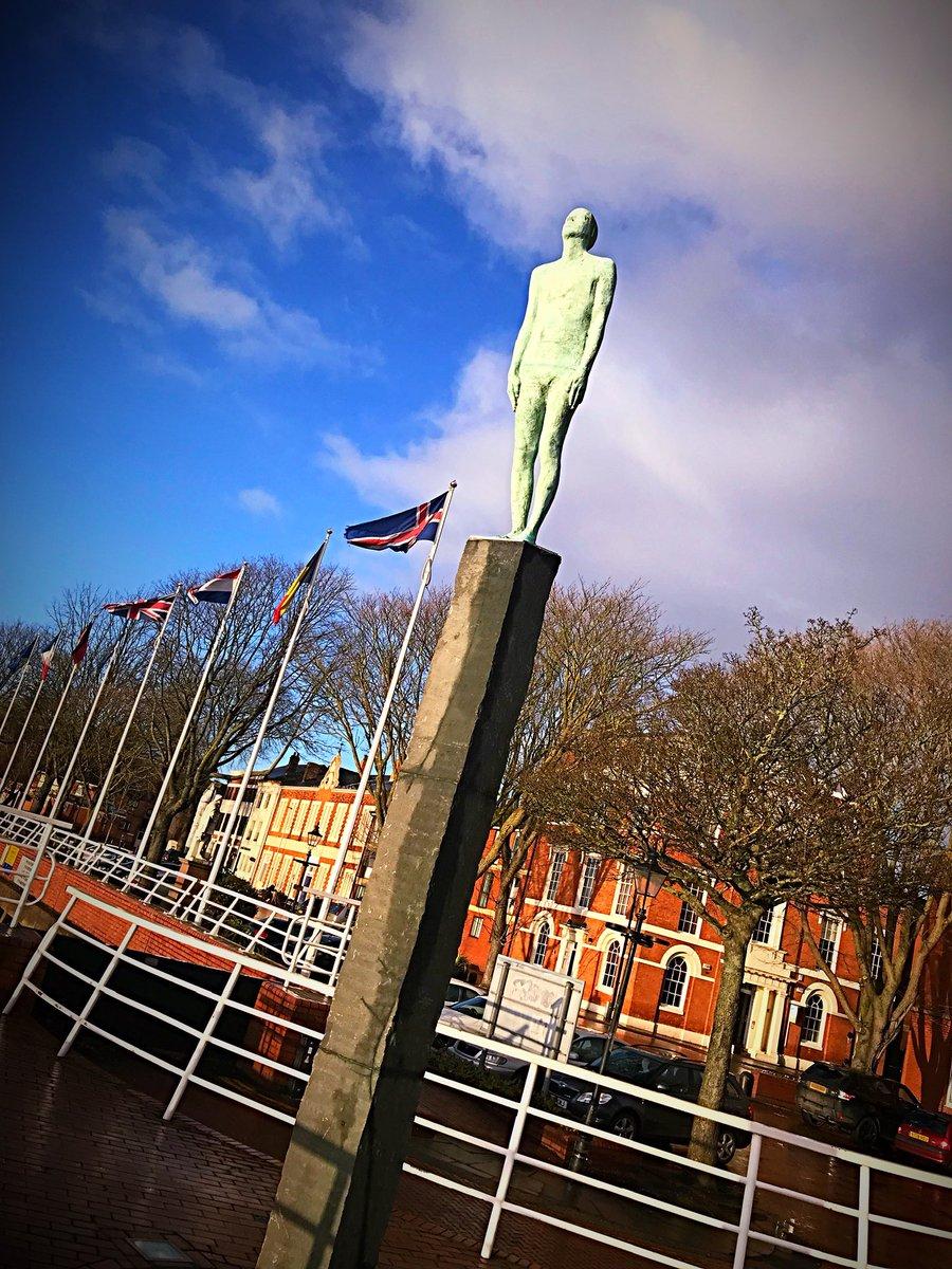 More photos of #hull this December morni...