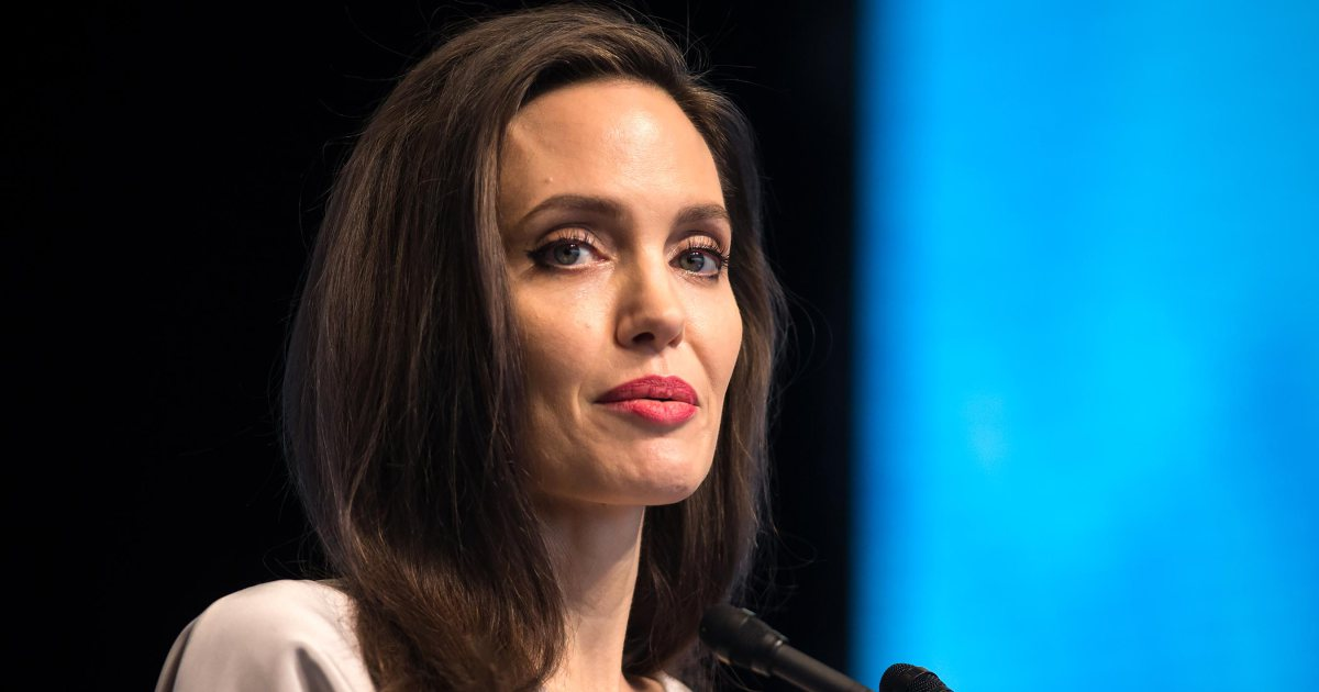 Angelina Jolie snubbed in the #Oscars 2018 foreign language film category: https://t.co/ld3RHNFgmZ