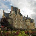 Image for the Tweet beginning: L'actuel #château de Baugé-en-Anjou (Maine-et-Loire)