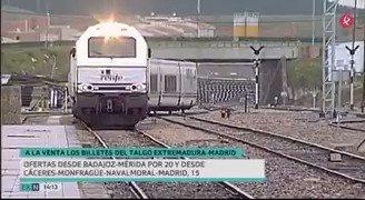 Novedades en el tren regional. @idlserna acaba de anunciar que @fomentogob asumirá íntegramente el coste de la línea Madrid-Puertollano-Badajoz, y hoy vuelven a venderse billetes del #Talgo, que volverá a la región tras ser suprimido en 2010. #EXN https://t.co/o0pAPc0t14