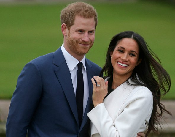 #Britain's #Prince Harry and #Meghan Markle to marry on May 19  https://www. nst.com.my/world/2017/12/ 314931/britains-prince-harry-and-meghan-markle-marry-may-19  … pic.twitter.com/VRXItAkXTa