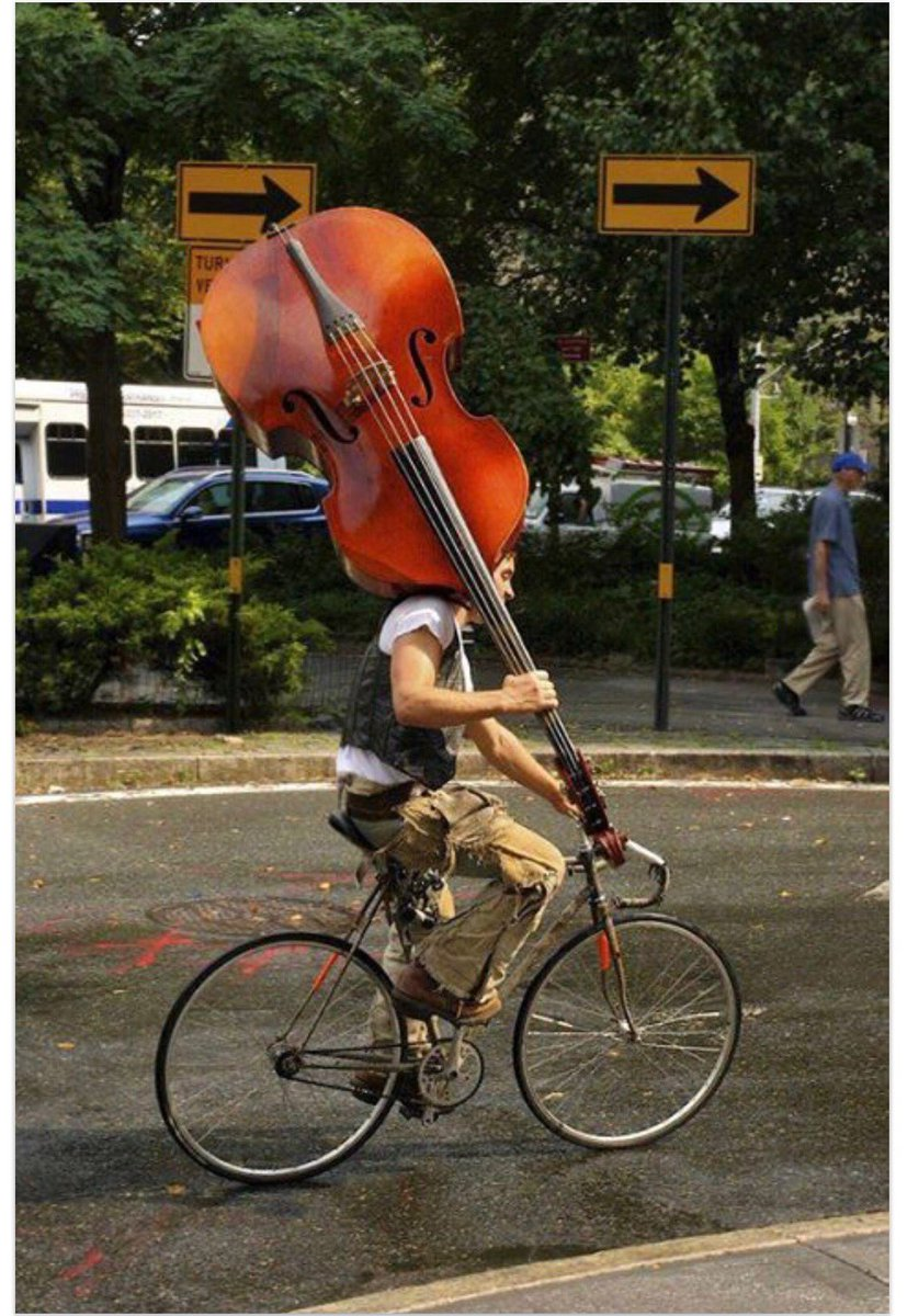 Quick get to that next gig! 😉 #bass #players #musicproblems