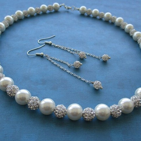 Pearl &amp; Pave Crystal Jewelry Set #Bridejewelryset #Bridesmaidjewelryset #MaidofHonorjewelryset #Weddings #bridejewelry #bridegift #bridetobegift #bride #bridesmaidjewelry #bridesmaidgift #bridesmaid #maidofhonorjewelry #maidofhonorgift #bridesmaidgiftset #maidofhonorgiftset<br>http://pic.twitter.com/fEUlSMZhCz