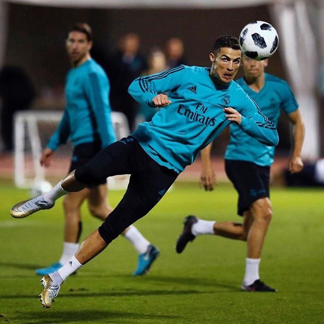 Focused ⚽️ https://t.co/lRAjjkOQTy