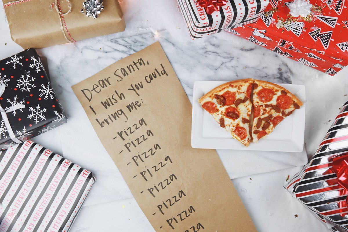Pizza Hut On Twitter Santa Baby Slip A Pizza Under The Tree For