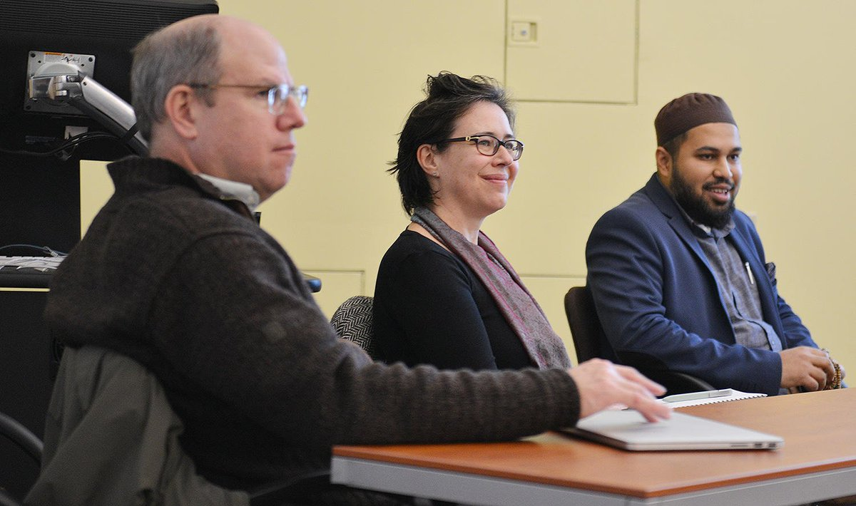 "test Twitter Media - Wesleyan Refugee Project Hosts Panel Addressing ""Islamophobia in the Age of Trump"": https://t.co/C1RUKlIfVH https://t.co/FLtnF8N4eW"