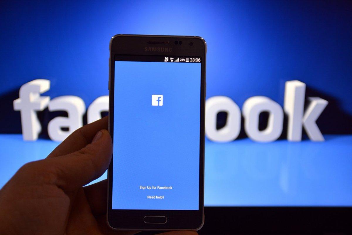 Já conhece nossa fanpage no Facebook?  Não? Então curta a página e continue se atualizando com as novidades sobre o digital! https://t.co/DHcdDpmjXh  #Facebook #MarketingDigital https://t.co/mWLTxBGNJU