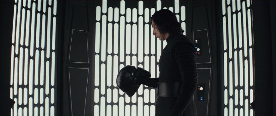 Read our review of Star Wars: The Last Jedi: Good acting, good writing, good direction and good humor. https://t.co/NwzcQRwcU3