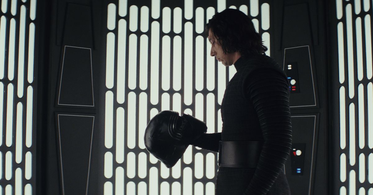 Why the &#39;Last Jedi&#39; #Rotten #Tomatoes #Audience #Score is way ...   More here :  http:// bit.ly/2CAbV03  &nbsp;    &#39;Last #Jedi039<br>http://pic.twitter.com/EO5p82D7J4