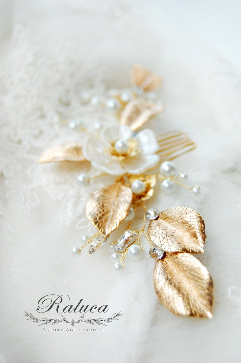 Visit my #etsy shop: Hairpiece on Golden Metal - Bridal Hair Accessory - with Leaves, Flowers, Pearls and Crystals  http:// etsy.me/2yFzDEU  &nbsp;   #weddings #accessories #gold #white #hairpiece #hair #accessory #bride #wedding #bridetobe #engagement #engaged #wedding #europe<br>http://pic.twitter.com/JPLlplnfV7