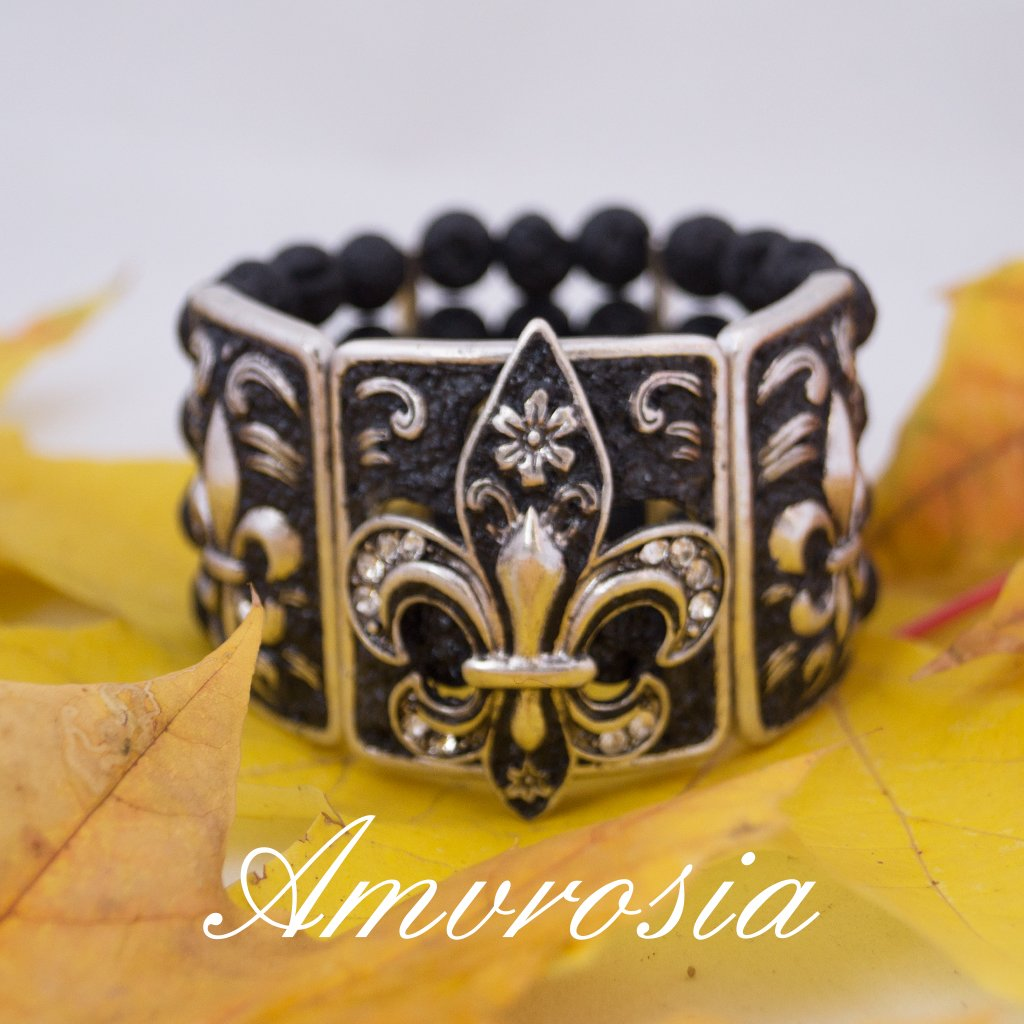 Fleur-de-lis bracelet   hand decorated bracelet , one piece only available    http:// etsy.me/2CAMzz2  &nbsp;    #handmade #jewelry #fleurdelis #handdecorated #retro #bracelet #christmasiscoming #gift #christmasgift #etsy<br>http://pic.twitter.com/Yh9BcKfzn5