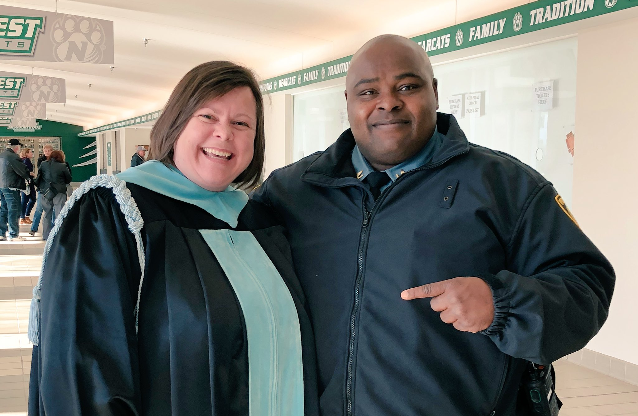 @NW_UPD is always there! Nice to share a few memories before commencement today! #OABAAB https://t.co/3g6oREgPO9