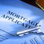 Mortgage Refinance Applications Rise As Rates Fall #Mortgage_Industry