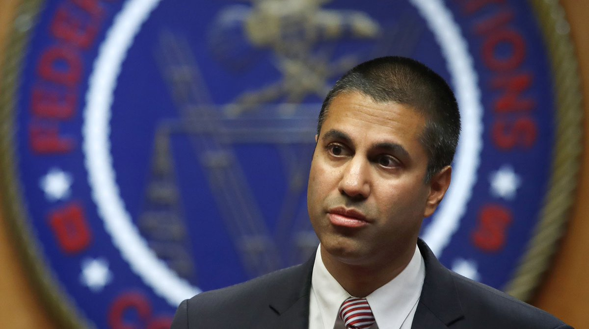 Now that the FCC has voted to dismantle #NetNeutality rules, K-12 educators and #edtech advocates have at least two overriding worries about the new policy:  http:// blogs.edweek.org/edweek/Digital Education/2017/12/FCC_Dismantles_Net_Neutrality_Policy_and_K-12_Schools_Await_Impact.html?cmp=soc-edit-tw &nbsp; …  <br>http://pic.twitter.com/Qmol7xIEkB