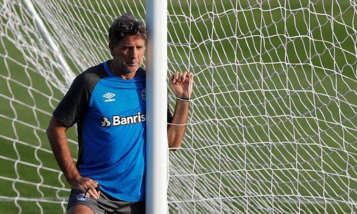 Renato Gaúcho volta a dizer que era melhor do que Cristiano Ronaldo https://t.co/KBxoog2q2L