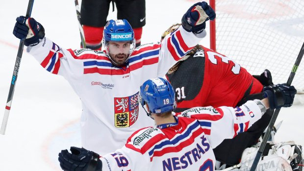 Czech-mate ♔ : Michal Repik scores twice as Canada falls at Channel One Cup https://t.co/xFWYHd4NMa