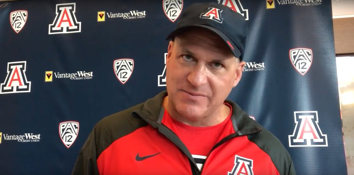 RichRod on the Wildcats' freshman class this season: 'I told them when they first got here, if you all stick together in the next few years, I think you'll win a championship.'  More from today's practice 🎥: https://t.co/wbivzdUvqU