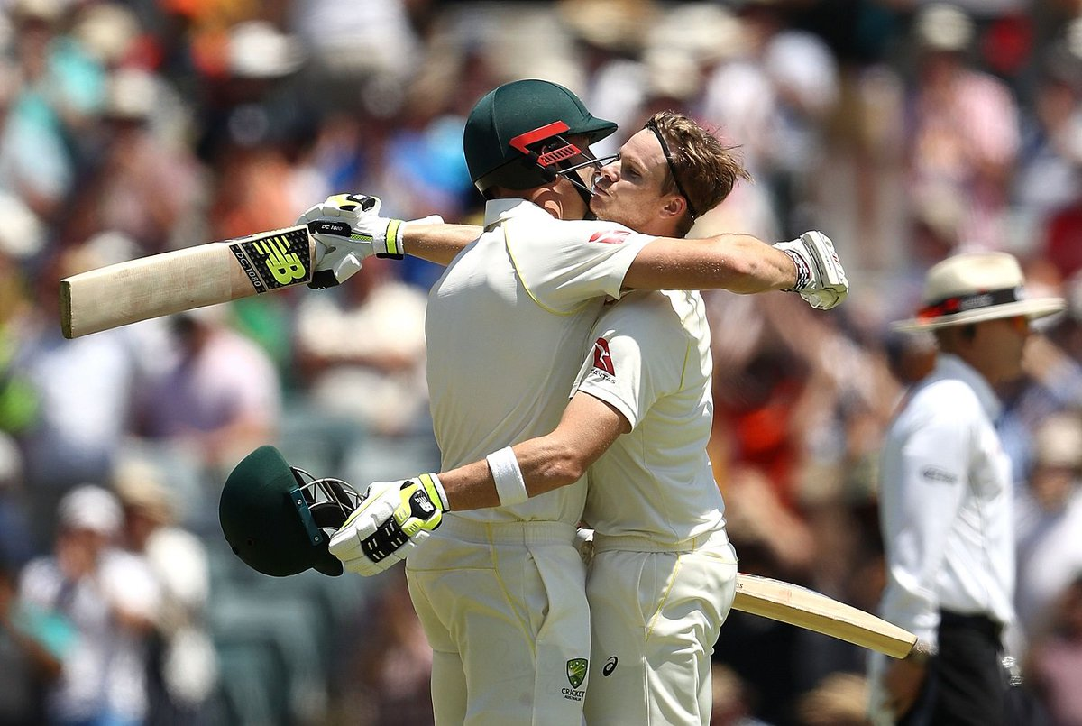 England yet to stop Steven Smith at the WACA!  He's unbeaten on 139 as Australia head to lunch at 4 for 314, 89 behind   https://t.co/n5hEATb5m5 #Ashes