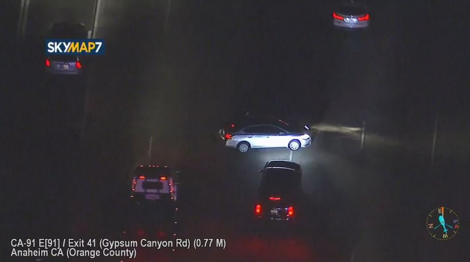 live driver strikes at least 2 vehicles in crash on eb 91