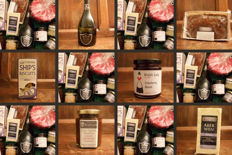 RT &amp; FOLLOW to be in with a chance to #WIN Hamper contains lovely local #cheese plus #Prosecco &amp; other quality #Christmas  goodies  #Saturdays #Wine  (ends 31/12 ts&amp;cs) <br>http://pic.twitter.com/0hsmwiUKzq