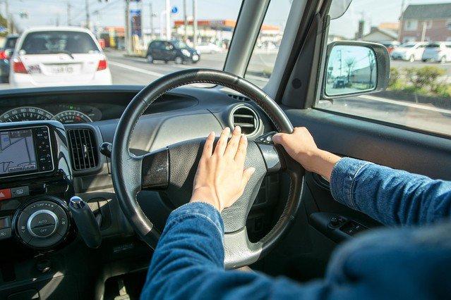 1000RT:【最長180日間】危険運転のドライバー、点数累積なしでも免許停止に https://t.co/4abpNszemH  あおり運転などを防止するため、警察庁が全国の警察に指示。車を使って暴行事件を起こすなどした運転者が対象となる。
