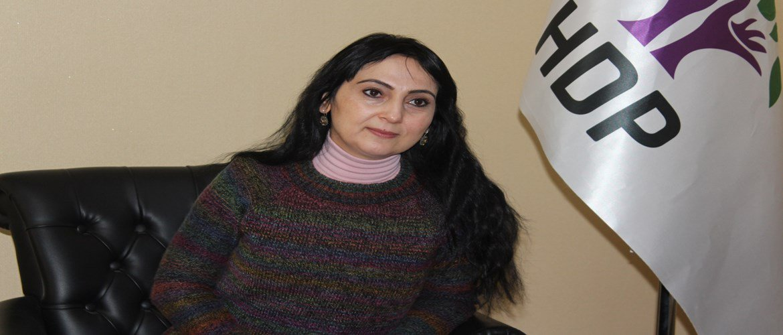 RT @Jin__news: Figen Yüksekdağ: Yeni yaşamın öncü gücü kadınlar olacak https://t.co/iwYkPx6yji https://t.co/t2T7QOZ7ol