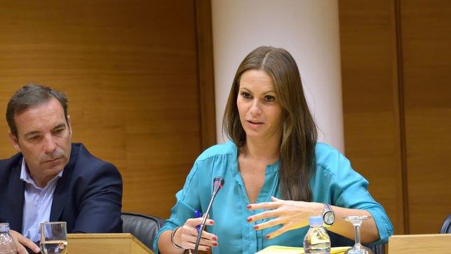 La diputada de Educación del PP valenciano cobró un año de la empresa de construcción de colegios sin trabajar allí https://t.co/9uhxHs5d3G En @eldiariocv