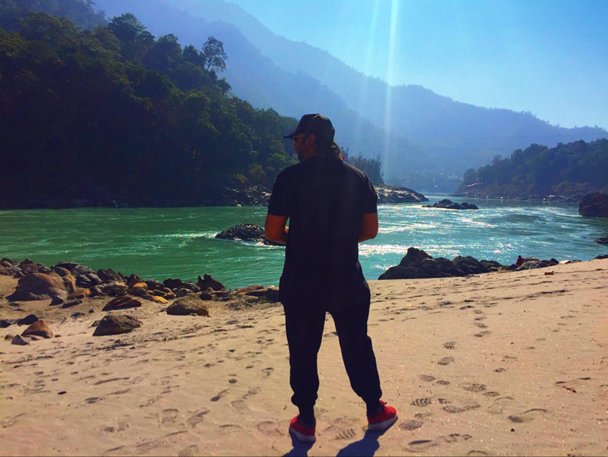Chillin at Ganges.  Makin #BEATS writing #VERSES